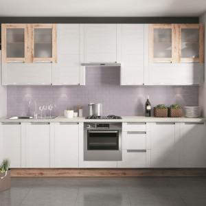 Kuchnia Olivia - sosna bielona. Fot. KAMKuchnie