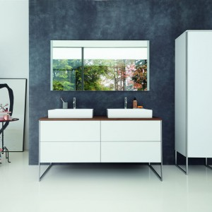 Kolekcja mebli łazienkowych XSquare firmy Duravit. Projekt: Kurt Merki Jr. Fot. Duravit