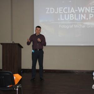 Fotografia wnętrz bez tajemnic. Michał Grela, profesjonalny fotograf wnętrz. Fot. Publikator