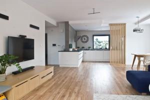 Pomysł na dużą przestrzeń w mieszkaniu - zobacz realizację