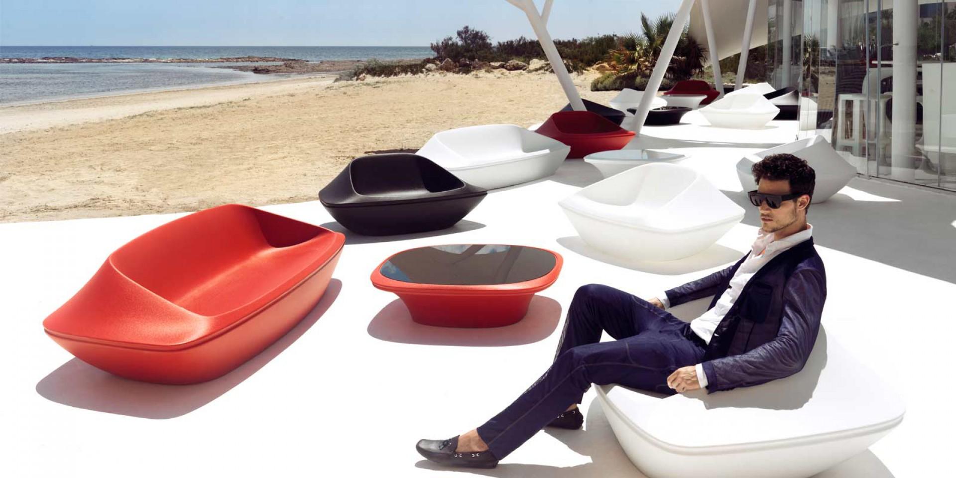 Sofa z kolekcji UFO firmy Vondom. Projekt: Ora ïto. Fot. Vondom