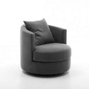 Fotel Oval marki Olta, cena 1.150 zł, Italmeble. Fot. Domoteka