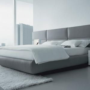 To łóżko zaprojektował Marcel Wanders dla marki Poliform. Jest dostępne w polskim showroomie Studio Forma 96. Fot. Poliform