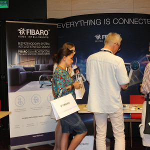 Prezentacja stoiska: firma Fibaro.