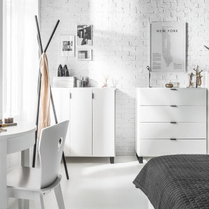Kolekcja do sypialni Simple. Fot. Vox