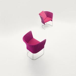 Krzesło Ami. Projekt Paola Lenti. Fot. Rooms