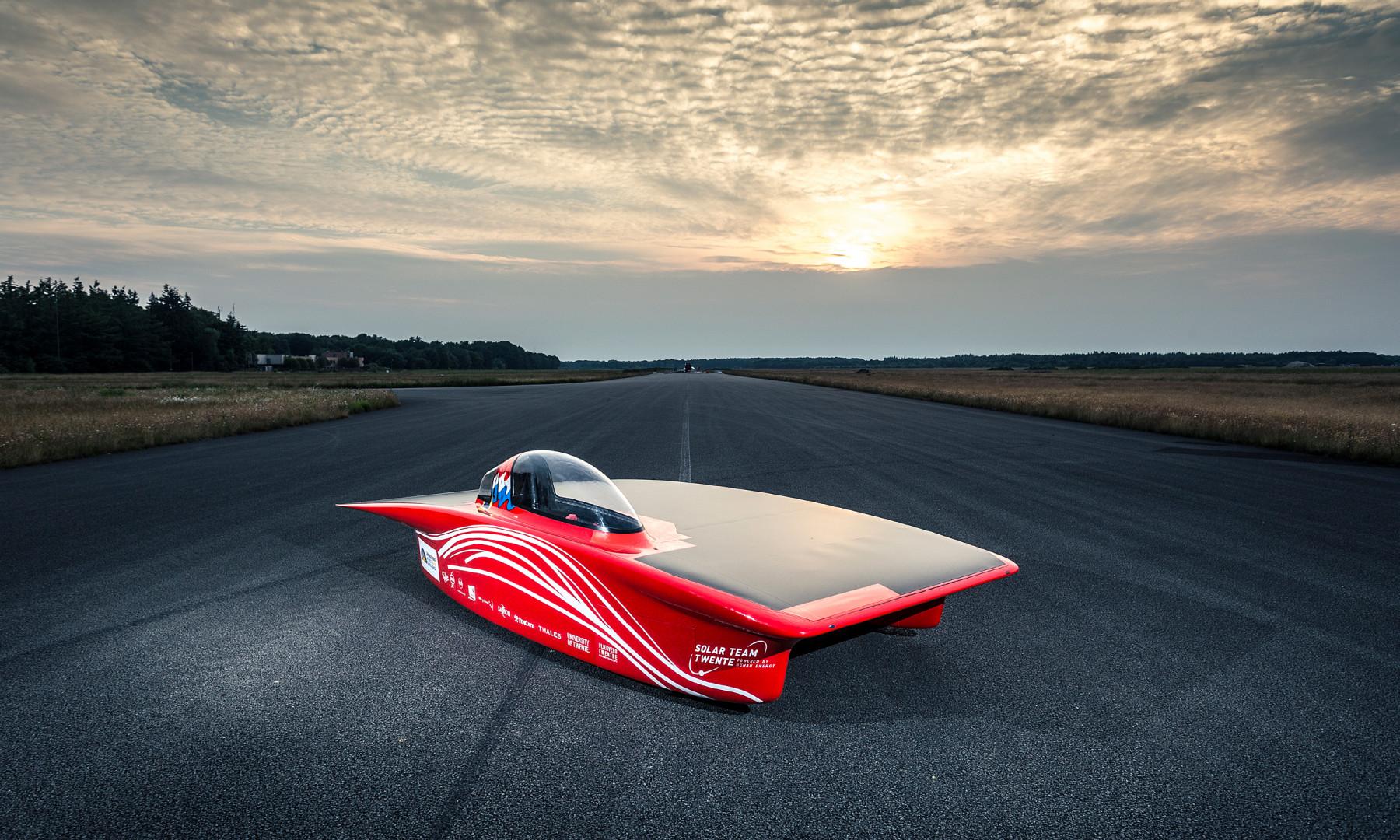 Pojazd skonstruowany przez studentów z holenderskiego Solar Team. Fot. Archiwum