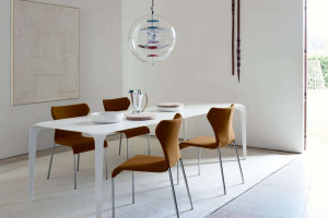 Zobacz meble zaprojektowane przez Naoto Fukasawę