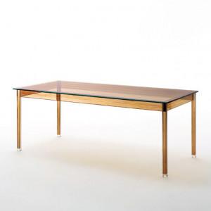 Stół ze szklanym blatem firmy Glas Italia. Projekt: Ron Gilad. Fot. Glas Italia