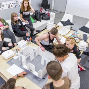 """W ramach konkursu grantowego """"Zabawa to poważna sprawa"""" wybranych zostało pięć organizacji, które otrzymały od 20 do 50 tys. zł dofinansowania od IKEA. Fot. IKEA"""