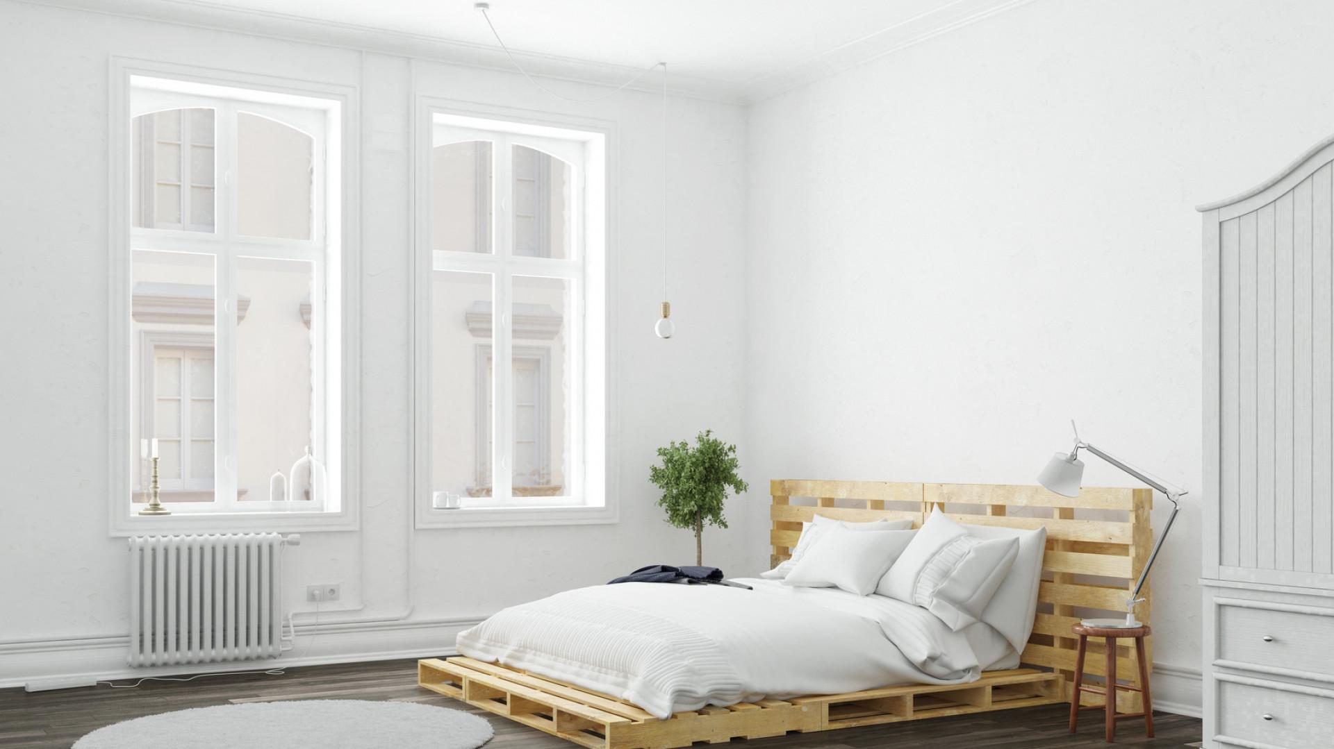 Łóżko z palet - podpowiadamy, jak je zrobić