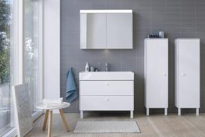 Funkcjonalne meble do małej łazienki