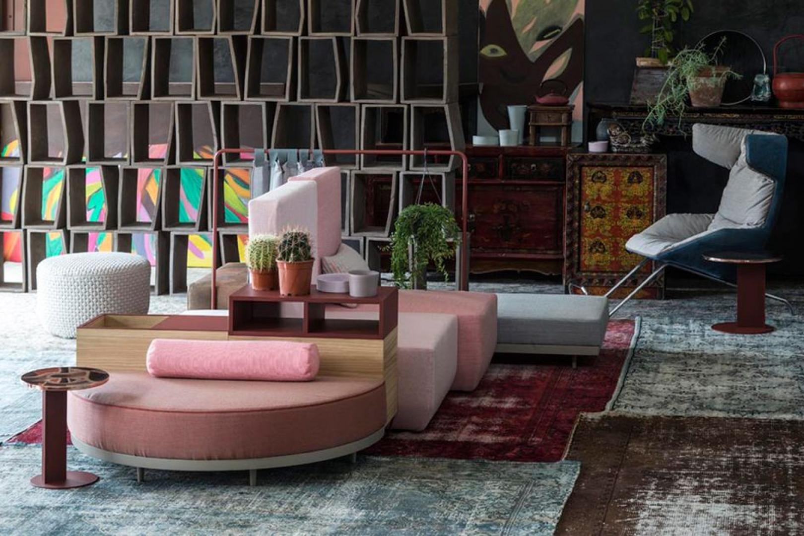 Sofa z serii Bikini Island firmy Moroso. Projekt: Werner Aisslinger. Fot. Moroso