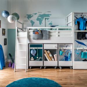 """Wielofunkcyjne """"kombajny"""" są popularne w pokojach młodzieżowych. Na zdjęciu łóżko """"Nest"""". Fot. Vox"""