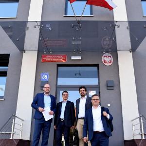 10 sierpnia podpisano umowę dotyczącą przebudowy drogi. Fot. Egger