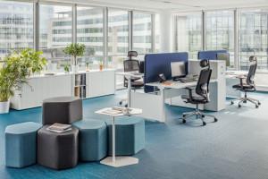 Meble biurowe - jak bezstresowo wrócić po urlopie do pracy?