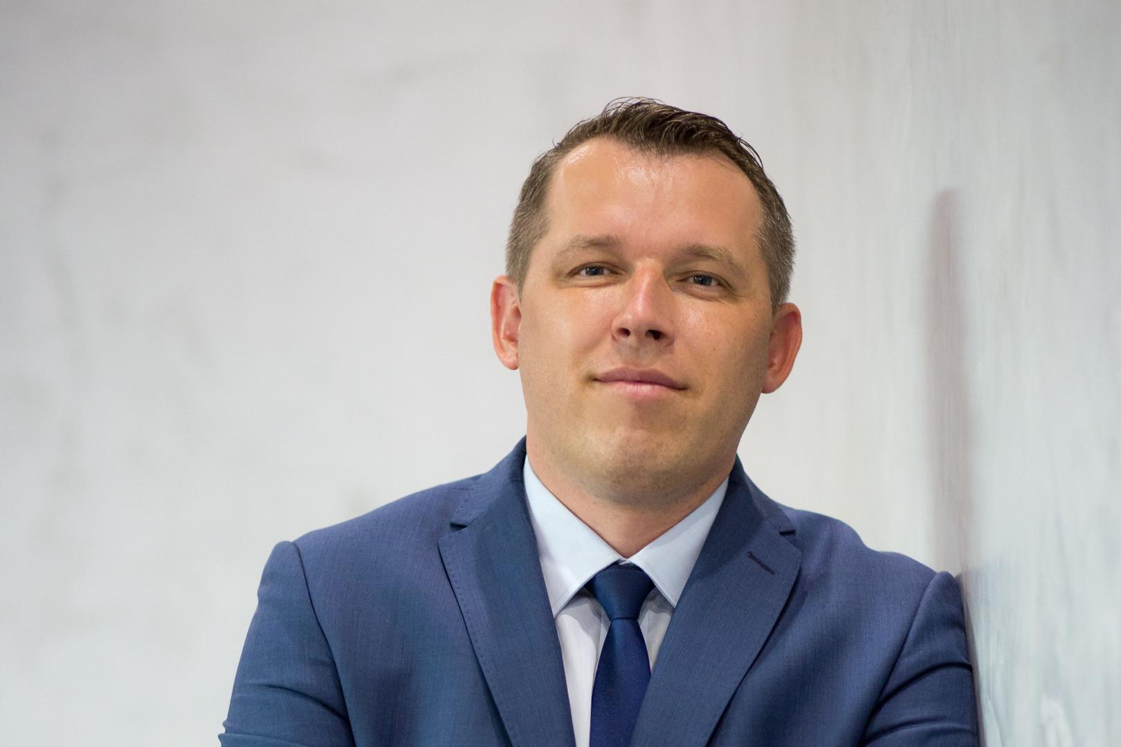Artur Niewęgłowski