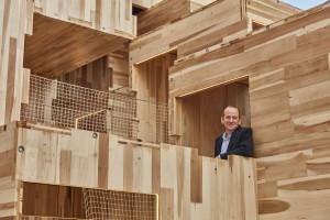 Niezwykły obiekt z amerykańskiego drewna - na festiwalu designu w Londynie