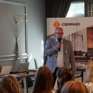 Artur Sieczka, reprezentant firmy Cerrad. Fot. Radosław Zieniewicz