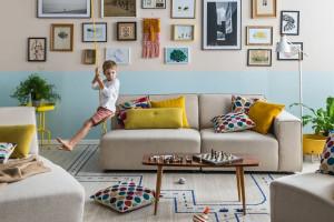 Salon dla rodziny z dziećmi – na co zwrócić uwagę przy jego urządzaniu?