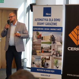 Artur Sieczka z firmy Cerrad.