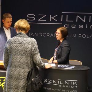 Stoisko firmy Szkilnik Design.