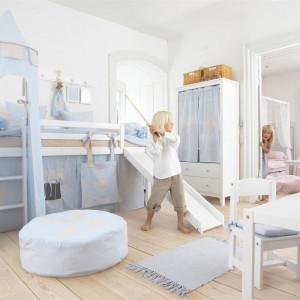 Dziecięce łóżko może przypominać warowny zamek. Fot. Seart