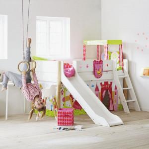 Łóżko ze zjeżdżalnią to mebel dla aktywnych dzieci. Fot. Flexa