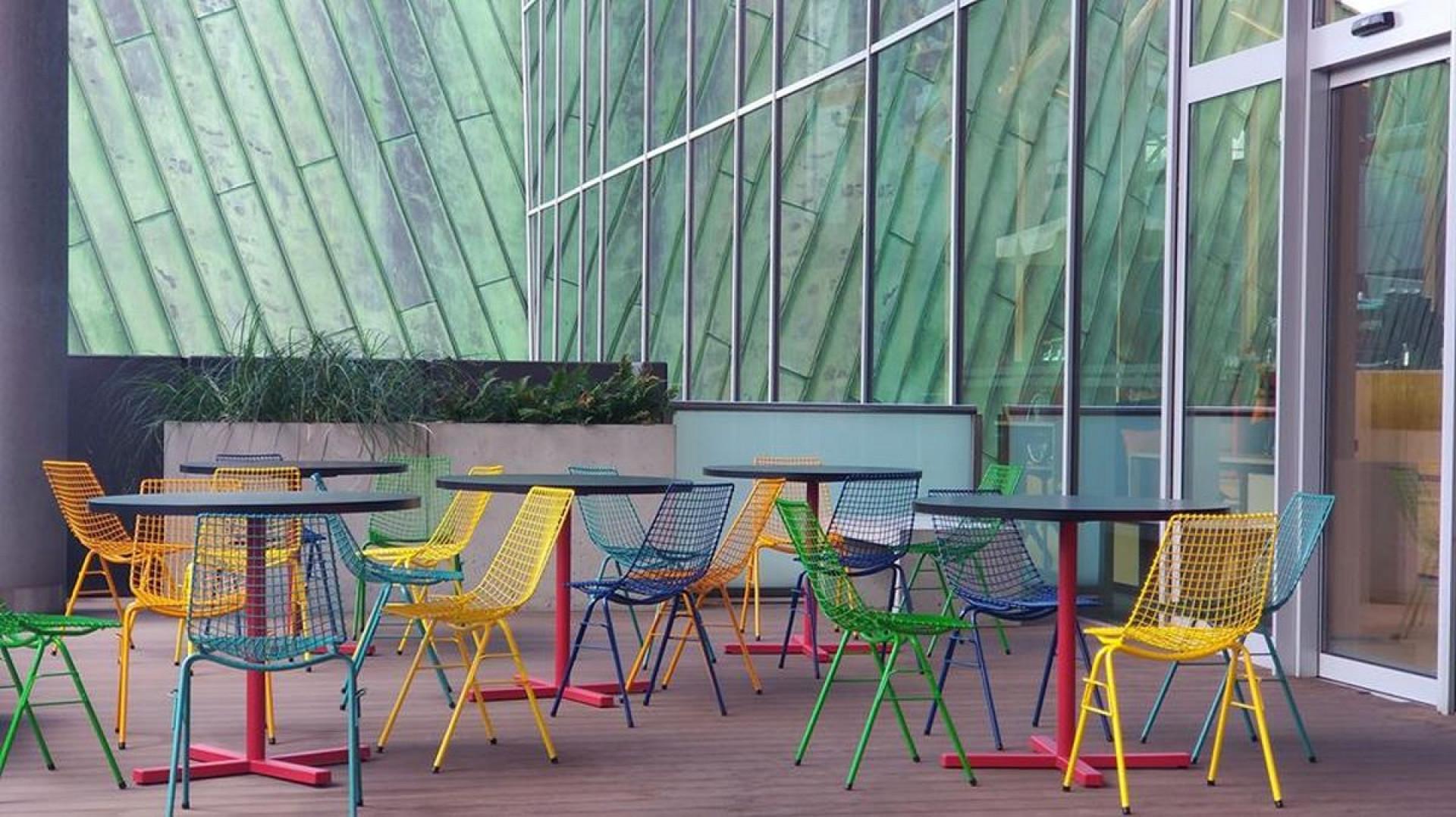 Krzesło siatkowe marki Projekt 68. Fot. Projekt 68