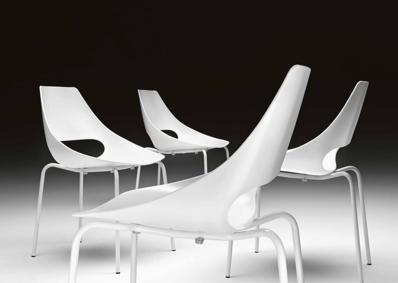 Krzesła z kolekcji Echo firmy Metalmobil. Projek: RDM. Fot. Metalmobil