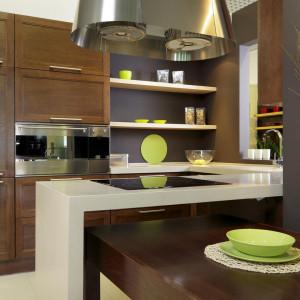 Olejowanie podkreśla naturalny charakter drewna. Fot. Arino House