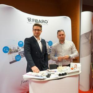 Stoisko partnera głównego, firmy Fibaro.