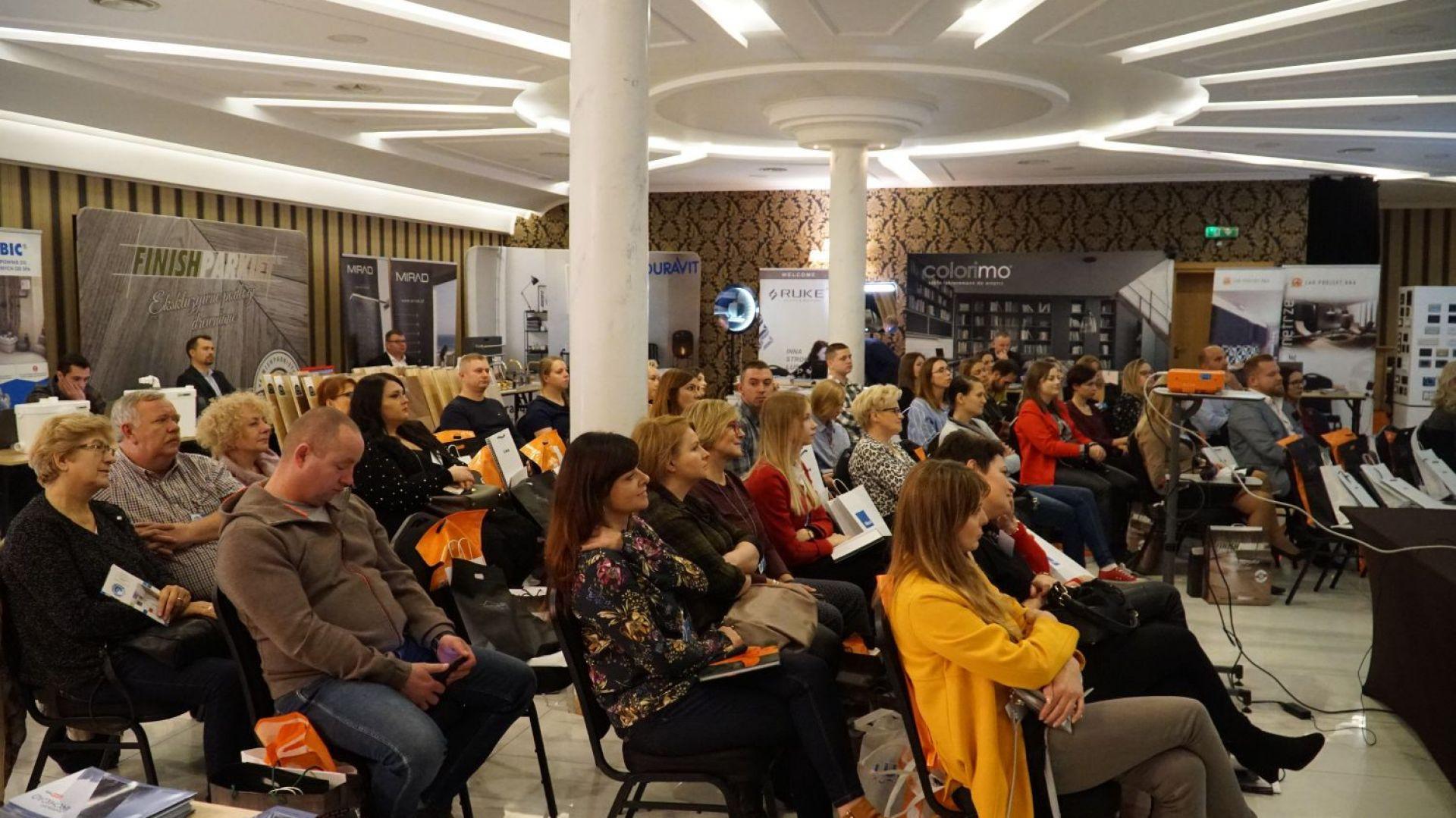 Ponad 80 osób uczestniczyło w spotkaniu Studia Dobrych Rozwiązań w Radomiu.