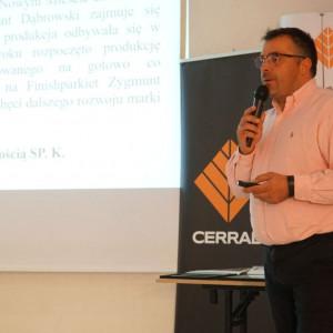 Krzysztof Kopyczyński z firmy Finishparkiet.