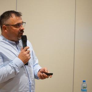 Krzysztof Kopyczyński, reprezentant firmy Finishparkiet
