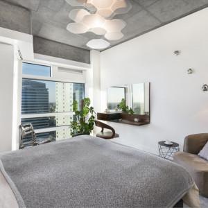 Wnętrze apartamentu zaprojektowane na Złotej 44 przez Oskara Ziętę. Fot. Materiały prasowe