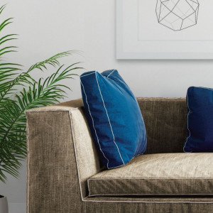 Marlin Indigo – dywan łatwoczyszczący by Carpet Decor Fargotex. Wyróżnienie w kategorii Przestrzeń Pokoju Dziennego