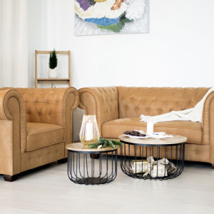 Ciepłe odcienie brązu i beżu zamienią każde pomieszczenie w przytulny kąt. Fot. Make Home
