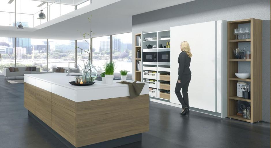 Nowoczesna kuchnia - jak ją ukryć w otwartej przestrzeni