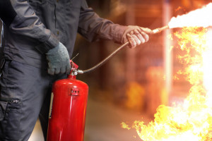 Pożar w fabryce mebli w Wieruszowie