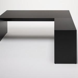 Stół z serii