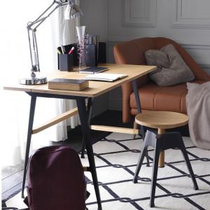 Biurko zaprojektowane dla firmy Driade przez Philippe'a Nigro. Fot. Driade