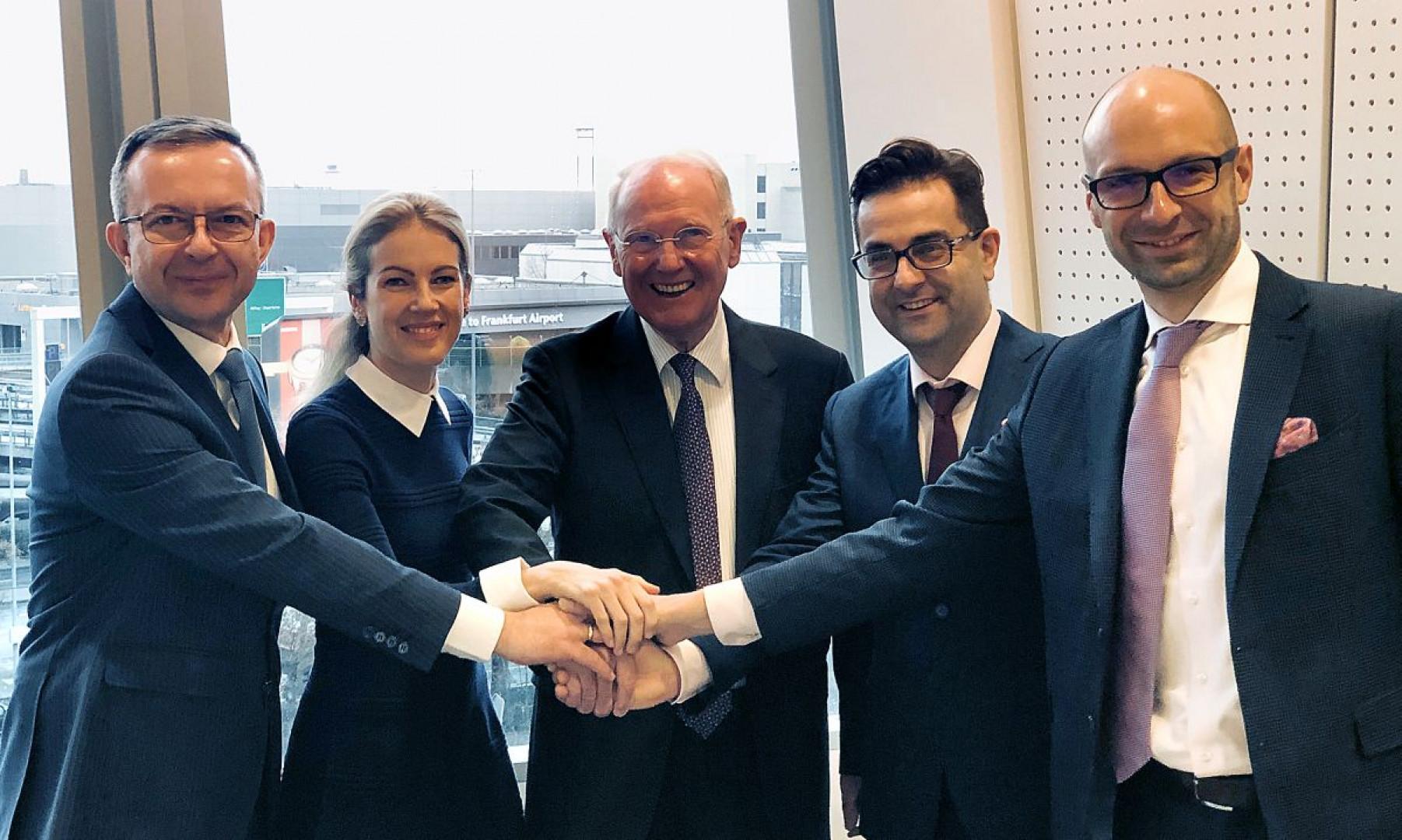 Od lewej: Adam Krzanowski, Ricarda Kusch, Dieter Kusch, Rafał Chwast, Roman Przybylski. Fot. Grupa Nowy Styl