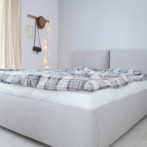 Łóżko tapicerowane Unity. Fot. Sisters About dla Comforteo