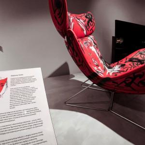 Artystyczna wersja fotela