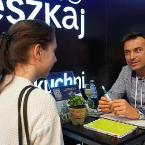 Bartosz Iskierko z pracowni Art&Design Kinga Śliwa. Fot. Justyna Łotowska