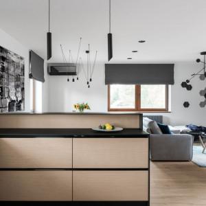 Wyróżnienie - dom dla trzyosobowej rodziny zlokalizowany koło Iławy. Autorzy projektu Estera i Robert Sosnowscy, Studio Projekt
