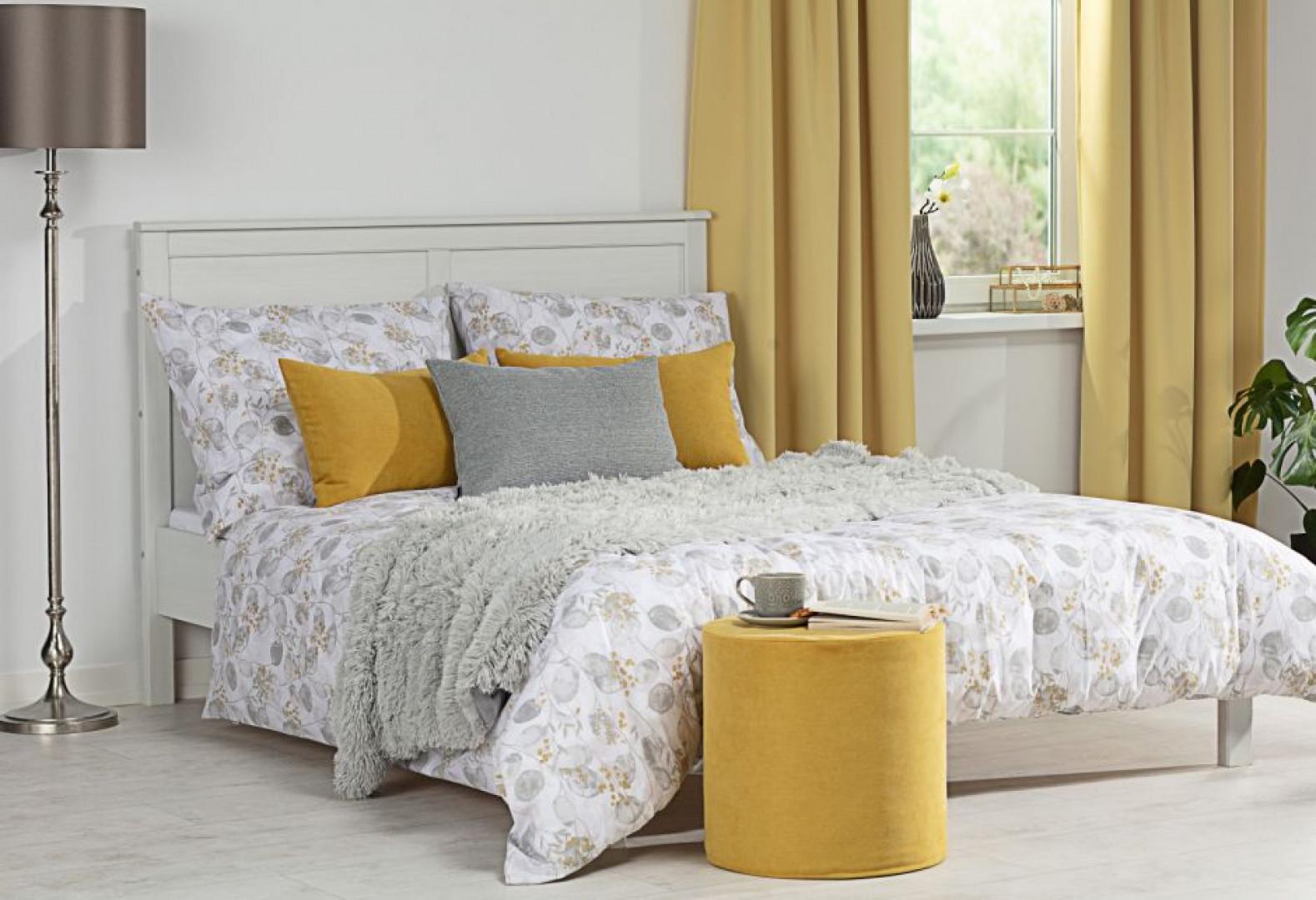 Przestrzegając kilku prostych zasad, możemy sprawić, że sypialnia stanie się miejscem komfortowego wypoczynku. Fot. Dekoria.pl