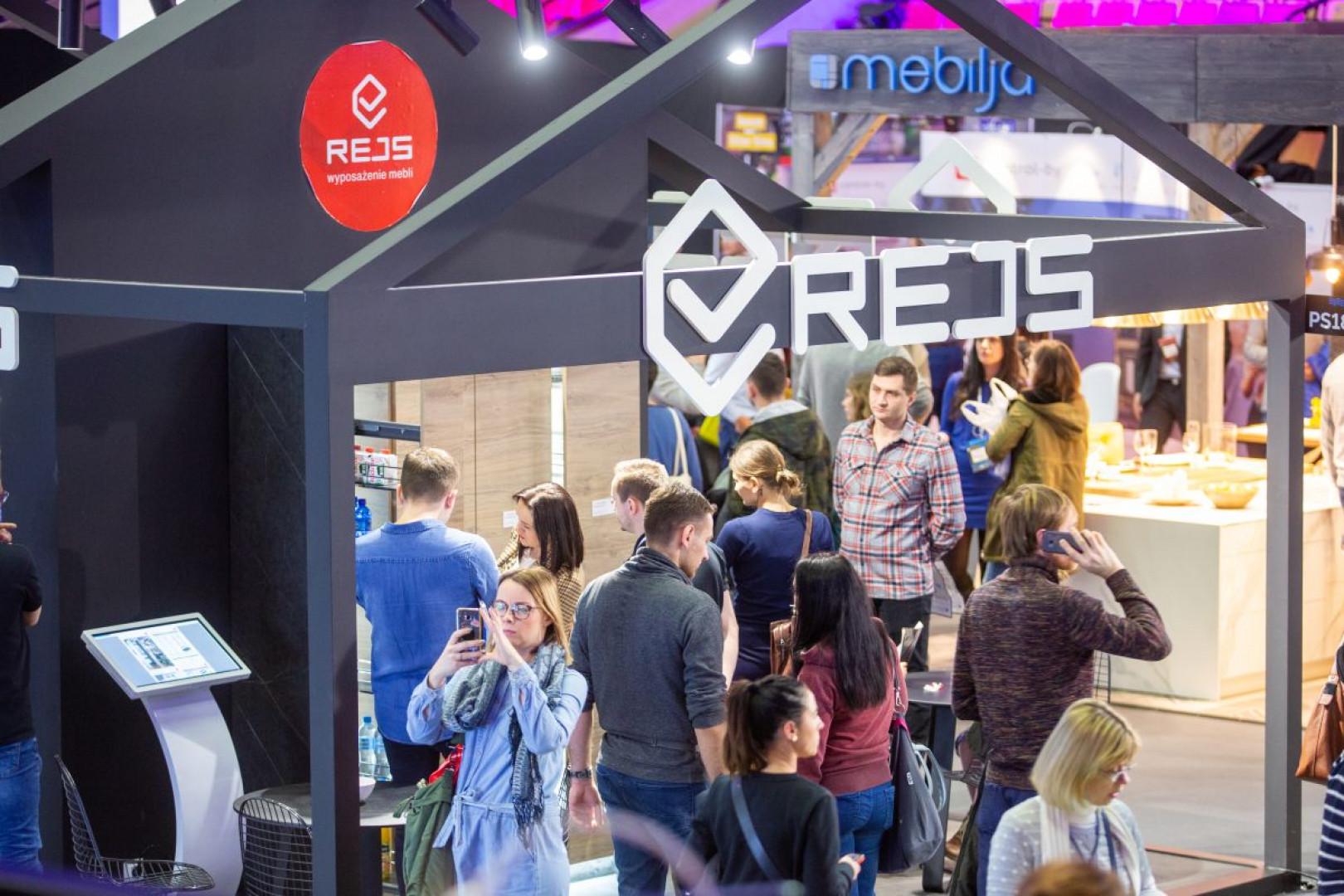 Ekspozycję firmy Rejs podczas 4 Design Days odwiedziło mnóstwo osób. Fot. PTWP