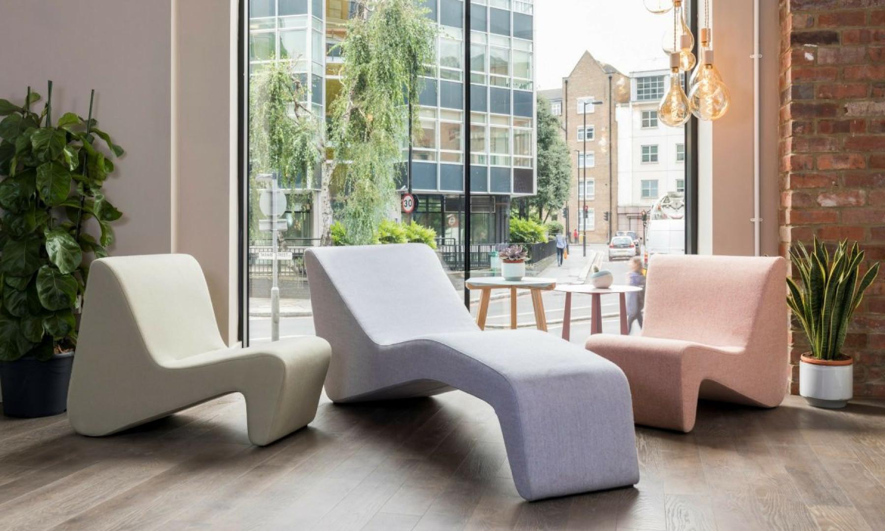 Linia mebli typu soft seating LinkUp (Grupa Nowy Styl). Projekt: Przemysław Mac Stopa. Fot. Grupa Nowy Styl